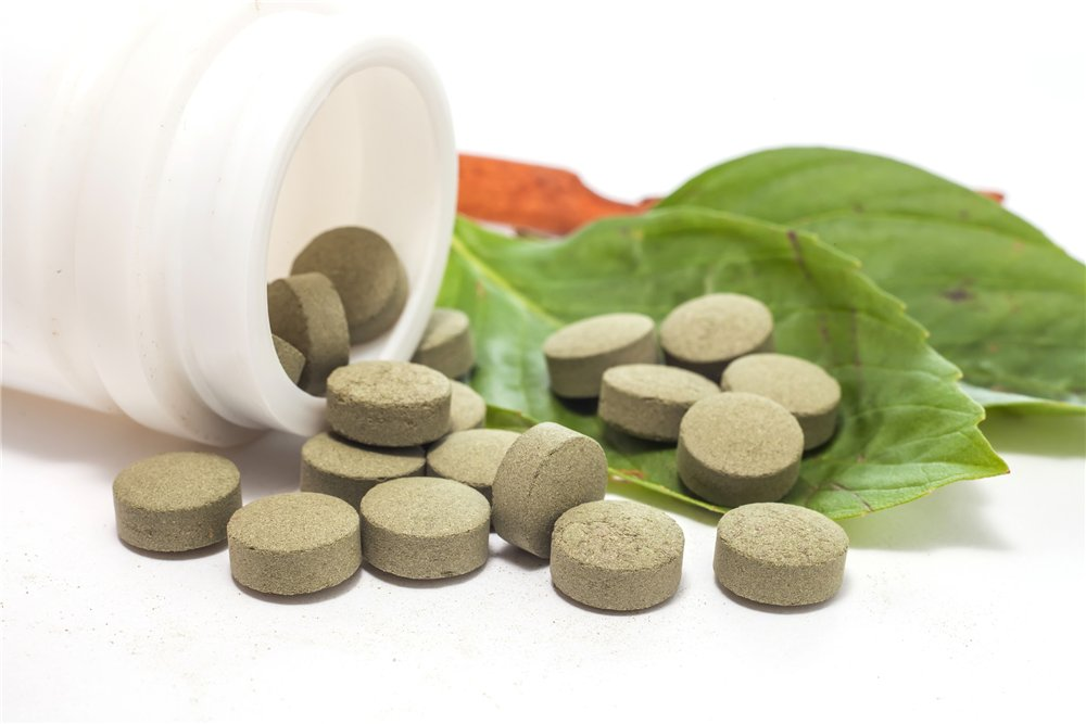 Treatment of yeast infections in women