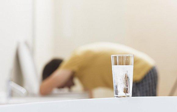 Vomiting - causes, symptoms and treatment
