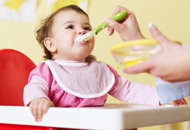 How to add complementary foods to the diet of the child