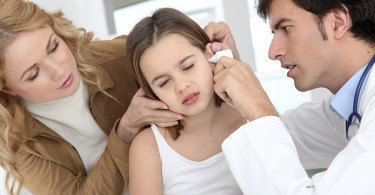 Hurts ear in children