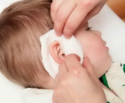 The child has an Earache - what to do