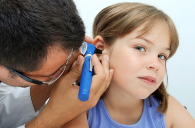 Treatment for ear pain in child