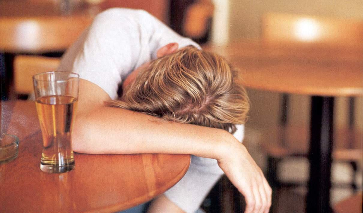 Alcohol Poisoning - Signs, Symptoms and Treatment